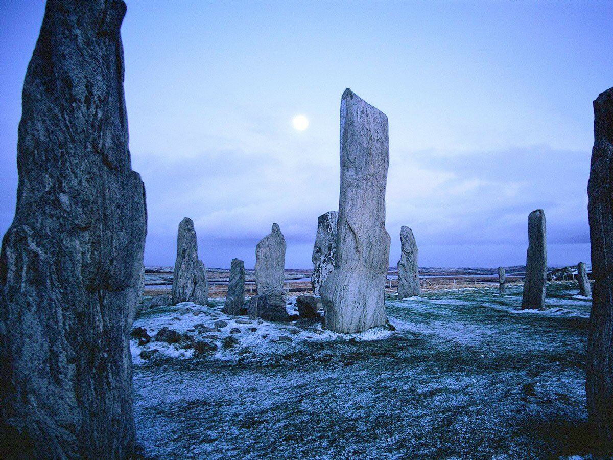 callanish-stones-isle-of-lewis-scotland